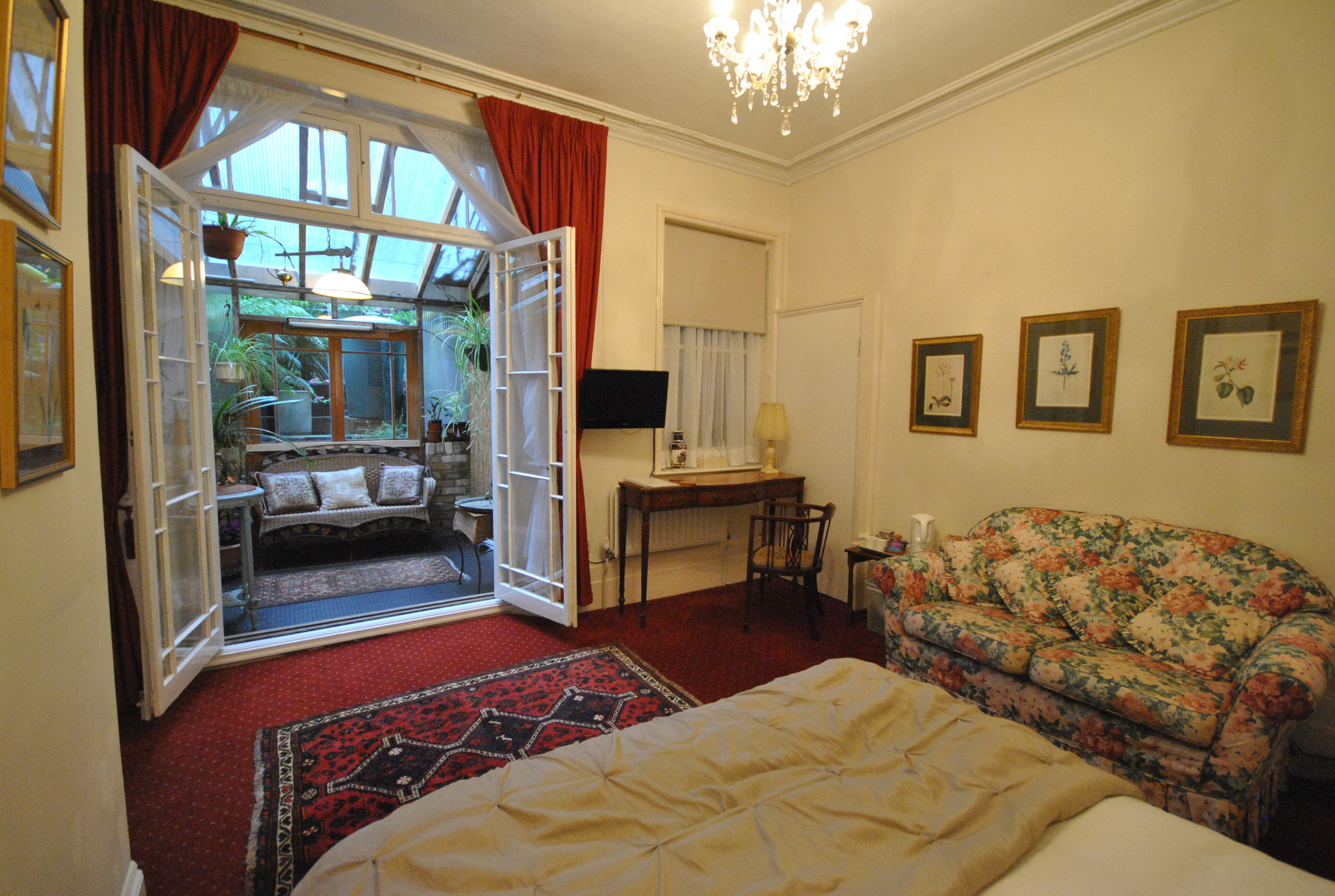 Churchill Guest House, Guest House, Double Room, Conservatory, Dover, Kent