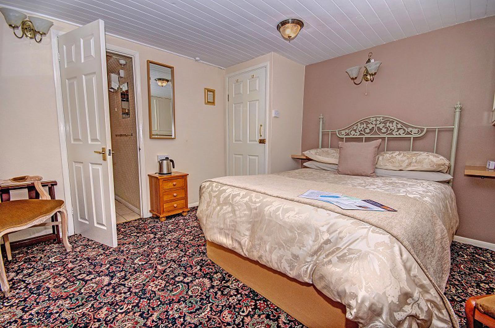 Number One Guest House Dover double room, kent