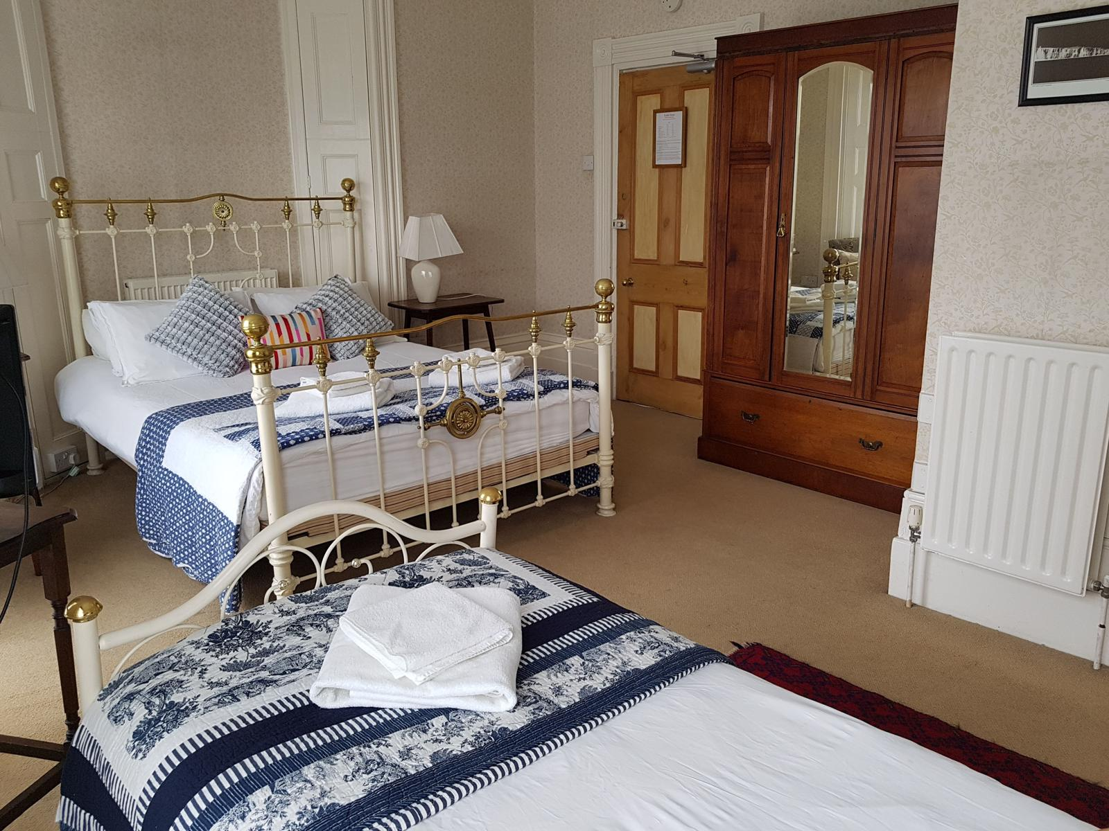 Castle House guest house, B&B, Dover, Kent, bedroom