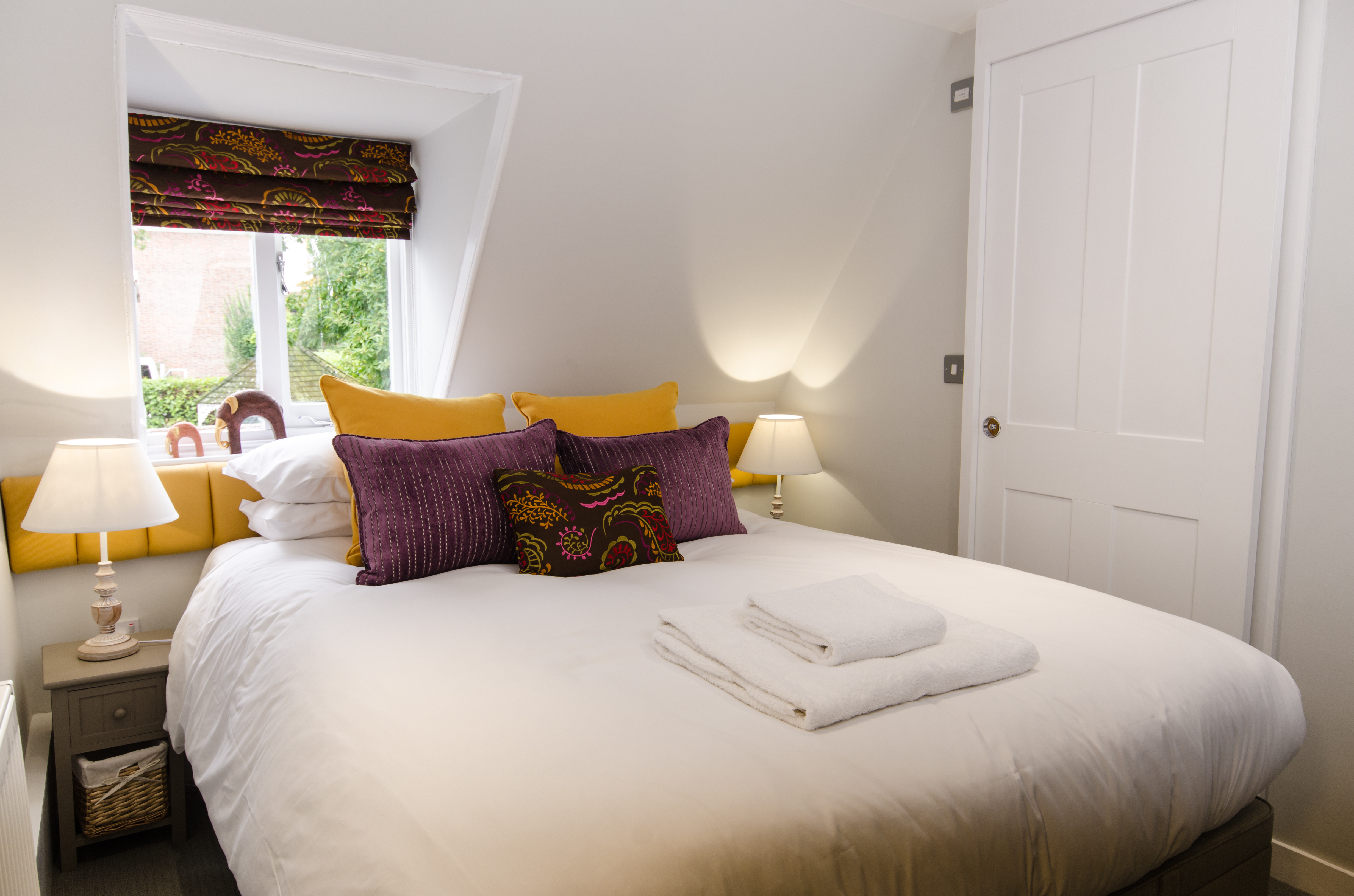 Dog at Wingham, Bed and Breakfast, Double Room, Sandwich, Kent