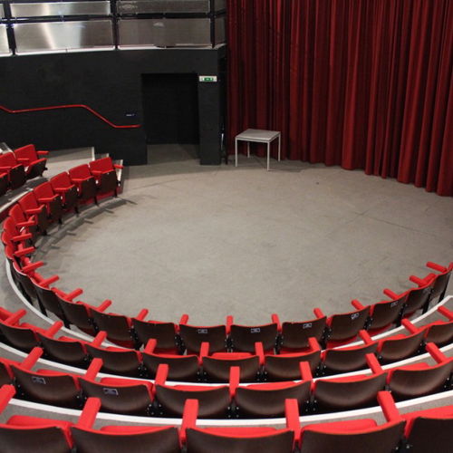 Theatre, In the Round, The Round House Theatre, Audience
