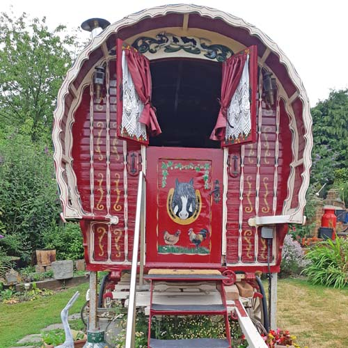 Romany Dreams, Gypsy Wagon, Bed and Breakfast Experience, Kent